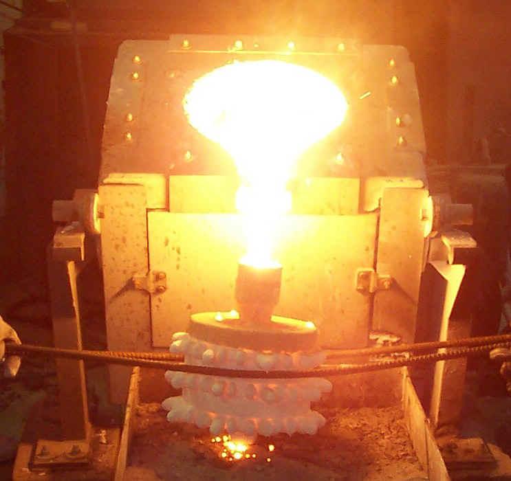 Продукция промышленная.  Наша компания предлагает: Литье металлов.